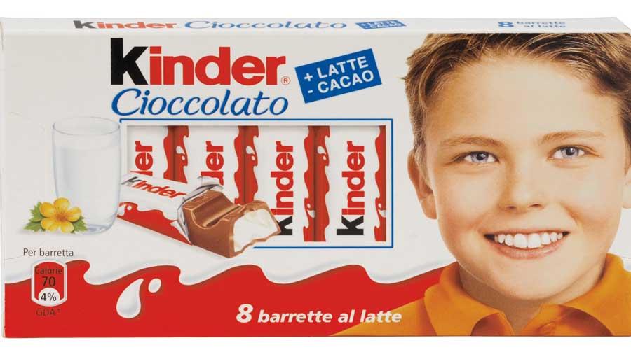 Foodwatch lancia allerta alimentare sui Kinder cioccolato contaminati e ne richiede il ritiro immediato dal consumo
