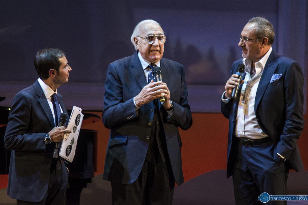 """Pippo Baudo al Premio Penisola Sorrentina: """"La Tv è malata grave"""". Ora torna lui a """"curarla"""""""