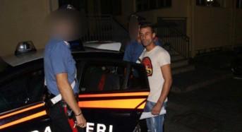 Rapina armato di pistola un bar in pieno centro: arrestato dai Carabinieri