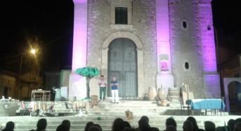"""Acate. Piazza Crispi ospita la compagnia teatrale """"Karisma"""" di Vittoria. Comunicato dell'amministrazione comunale. Riceviamo e pubblichiamo."""