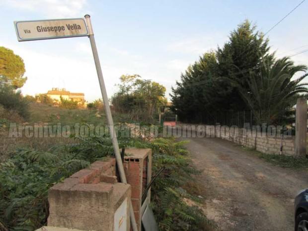Caltagirone, traversa di Via Fanales, luogo della fucilazione di otto militari italiani da parte di truppe americane il 15 luglio 1943.
