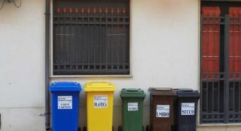 """Acate. """"Raccolta rifiuti sul territorio comunale ad Acate, la ditta Busso Sebastiano precisa come stanno le cose: nessuna responsabilità della nostra impresa"""". Riceviamo e pubblichiamo."""