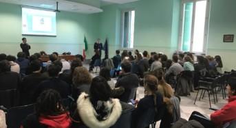 Livorno, i carabinieri incontrano gli studenti