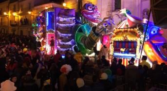 Chiaramonte Gulfi, successo per il Carnevale. Oggi sagra della salsiccia e domani gran finale