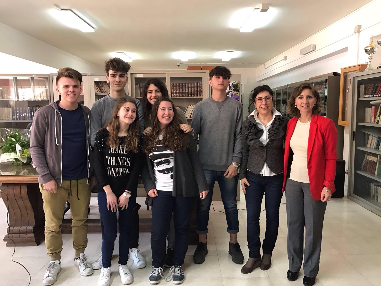 http://www.italreport.it/home/wp-content/uploads/2017/03/del-Liceo-scientifico-dellIIS-Mazzini-.jpg