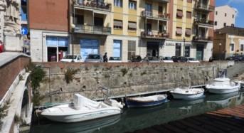 """Spinge la fidanzatina giù da un parapetto. Tragedia sfiorata  in """"Venezia"""": Arrestato un minore"""
