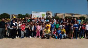 """Visita didattica delle scuole all'orto urbano """"Coltiviamo Salute"""": Esempio vero di psichiatria di comunità"""