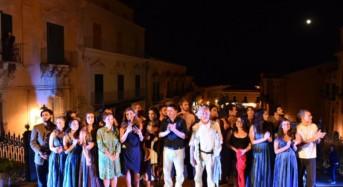 """Teatro greco e Tragedie trionfano tra il barocco di Ragusa Ibla: Bilancio positivo per il festival """"3drammi3"""""""