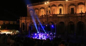 Concluso con il concerto dei Kunsertu il festival Folk Barock a Noto