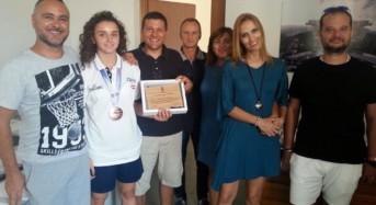 Ragusa, l'Amministrazione Comunale premia la cestista Federica Mazza
