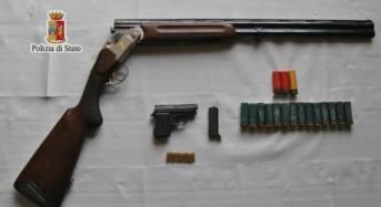 Polizia di Stato. Arrestato ex sorvegliato speciale: Nascondeva un fucile rubato, una pistola modificata e cartucce calibro 6,35 e calibro 12