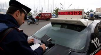 Ispica. Rubano un'auto e si lanciano a folle velocità: bloccati e denunciati dai Carabinieri