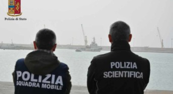 La Polizia ferma uno scafista il giorno del suo diciottesimo compleanno per lo sbarco di sabato a Pozzallo di 132 migranti