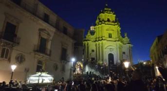 Settimana Santa a Ragusa Ibla: Domani sera con partenza dal duomo la solenne processione del Cristo morto e dell'Addolorata