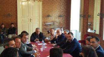 """Agricoltura, i sindaci siciliani riuniti a Vittoria. Moscato: """"La battaglia per i produttori arriverà a Roma"""""""
