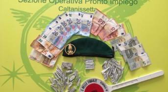 """Caltanissetta. Arrestato un """"Pusher"""" nigeriano nel quartiere Provvidenza"""