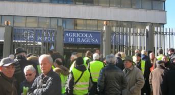 RAGUSA, LA PROTESTA DEI GILET GIALLI