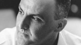 """Acate. """"Camice Rosso"""" del dottor Emanuele Caggia, sabato al Circolo di Conversazone."""