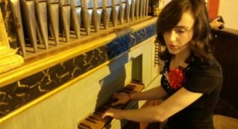 """Acate. """"Sesto Workshop di Architettura"""". Concerto per Organo a Canne e Coro con l'organista Aurora Muriana ed il Coro Polifonico della Parrocchia."""