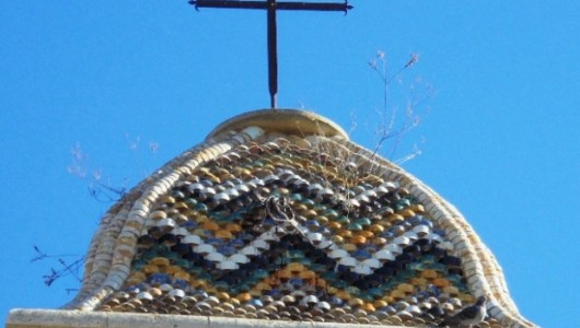 Acate. Le due fasi costruttive del campanile della Chiesa del Carmelo.