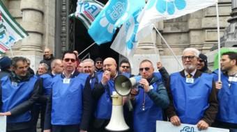 Bancari. Assemblea dei gilet azzurri della FABI.  Ipotesi d'accordo….ma non solo. Martedi 11 febbraio Lando Maria Sileoni a Palermo